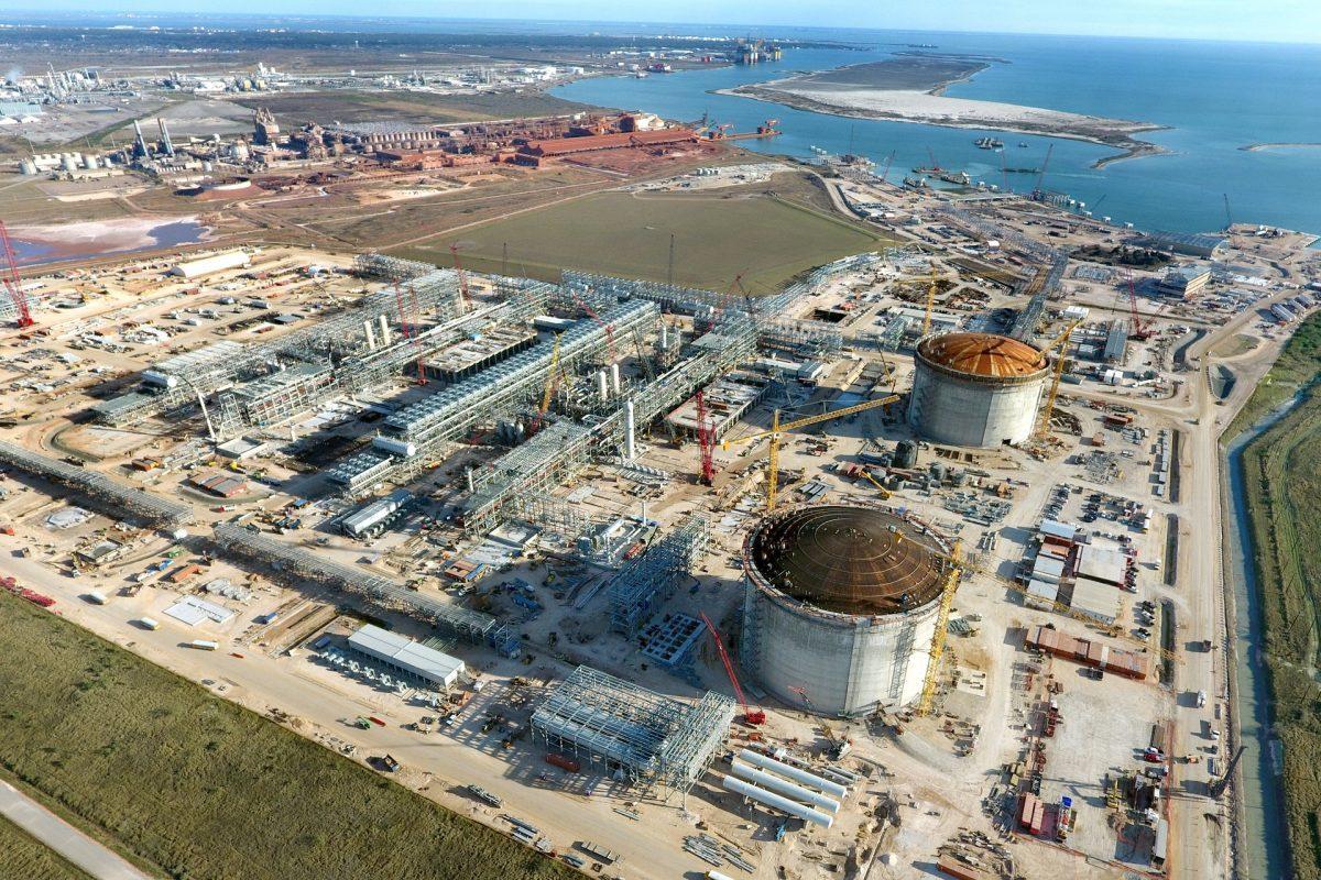 Cheniere Energy Receives $615 Million Stake from Abu Dhabi